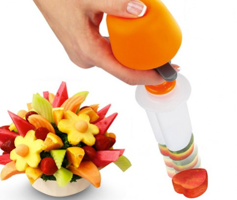 Creative Kitchen Accessories Cooking Tools Plastic Fruit Shape Cutter
